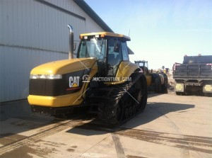1994 Caterpillar CH45 with 8495 hours sold on an April 9, 2014 auction for $39,100.00