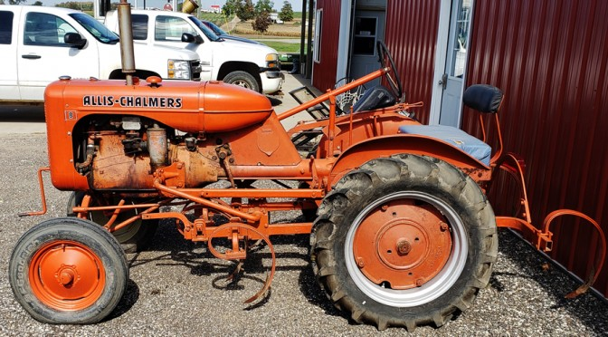 Allis Chalmers Tractor B